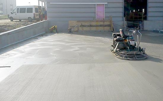Kartáčovaný beton